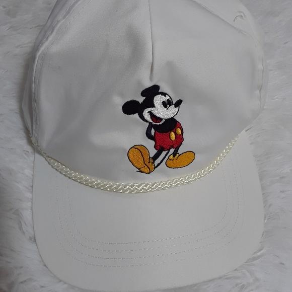 0060c13af The Walt Disney Company Goofy's Hat Co. Hat- OS